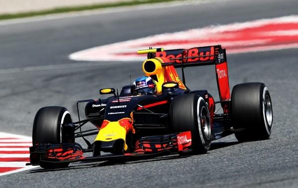 Max Verstappen course Espagne 2016