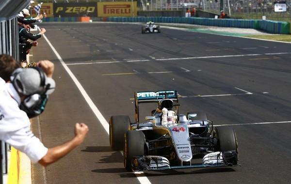 Lewis Hamilton course Hongrie 2016