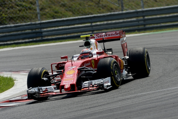 Kimi Raikkonen course Hongrie 2016