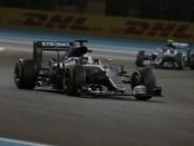 Lewis Hamilton course Abou Dhabi 2016