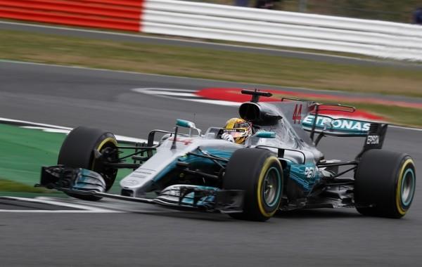 Lewis Hamilton course Angleterre 2017