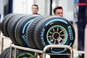 Pirelli flop Angleterre 2017