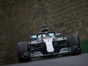 Lewis Hamilton course Azerbaijan 2018