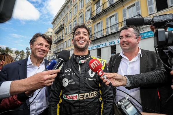 Daniel Ricciardo Eric Boullier Nice
