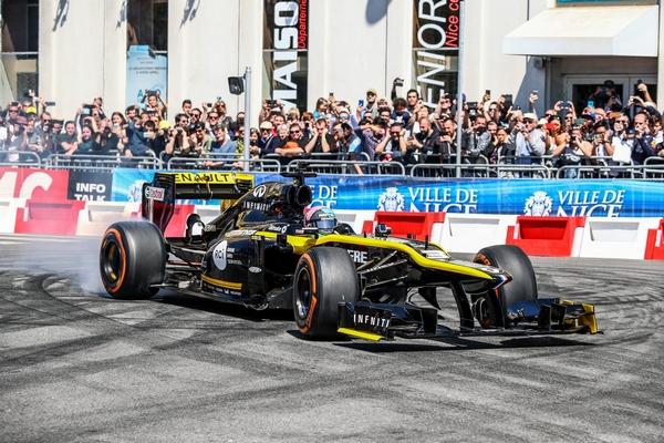 Daniel Ricciardo Nice 2019
